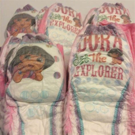 Free: 14 Pampers 4T Pull Ups featuring Dora the Explorer