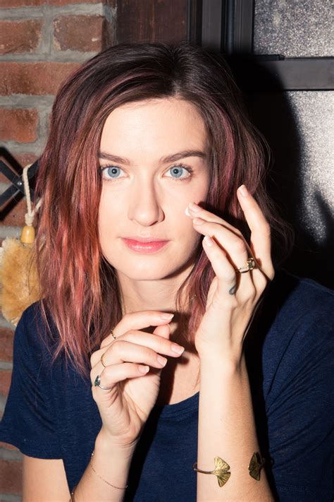 Actress Anna Wood Shares Her Morning Beauty Routine - Coveteur