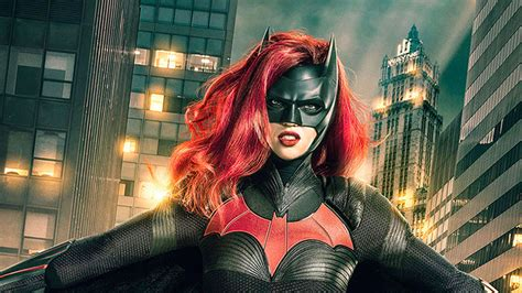 Batwoman Star Ruby Rose: First Image In Costume Revealed