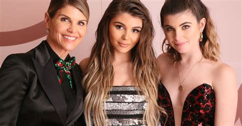 Lori Loughlin's Daughters Look All Grown Up And Stunning