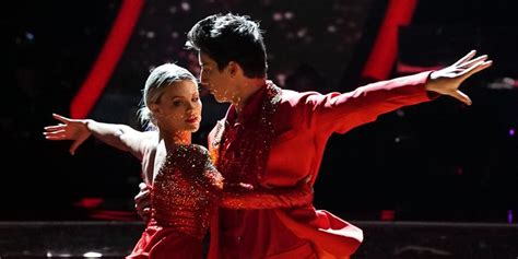 Milo Manheim Delivers Fiery Tango With Witney Carson on